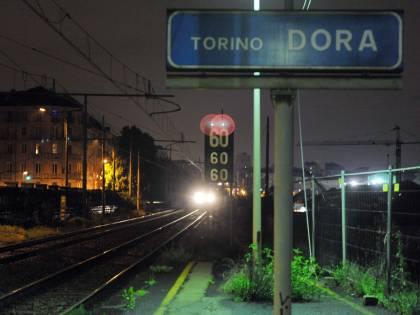 Torino, inseguiva pusher:  agente travolto dal treno