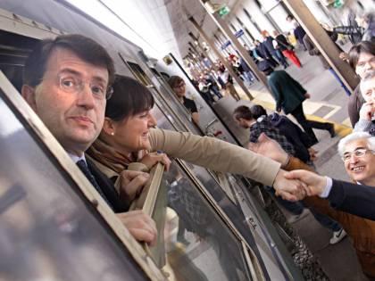 Franceschini non si accorge di aver perso il treno