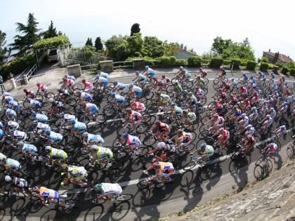 Petacchi vince il primo sprint  Cavendish resta in maglia rosa