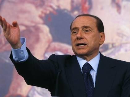 """Berlusconi al contrattacco: """"Sentenza scandalosa"""""""