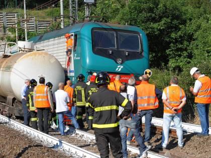 Prato, deraglia un treno merci:  disagi sulla Bologna-Firenze