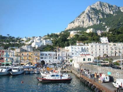 Capri, una collisione  tra due imbarcazioni:  un disperso e 7 feriti