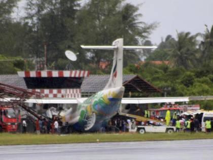 Thailandia, schianto aereo<br /> sull'isola di Koh Samui:<br /> tra i 41 feriti due italiane