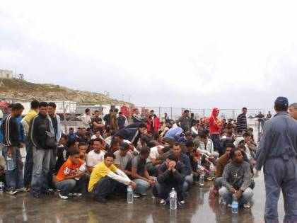 Unchr all'Italia: &quot;Stop ai respingimenti in Libia&quot;<br /> E l'Ue: &quot;Condizioni inaccettabili per i rifugiati&quot;