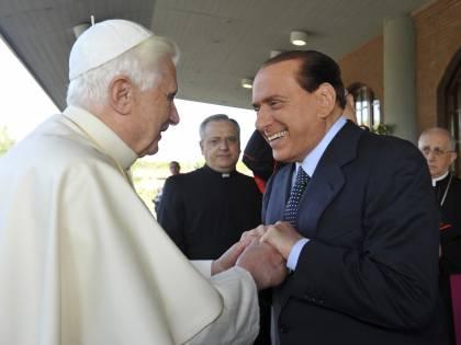 Berlusconi incontra Benedetto XVI:  un appuntamento al volo a Ciampino