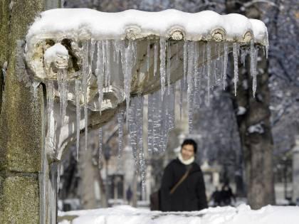 Trentino, freddo record  Neve al Centrosud  Parma-Inter rinviata
