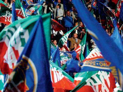 Denunciamo chi infanga Forza Italia