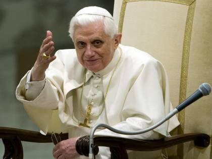 Il Papa in difesa della vita:<br /> &quot;E' un diritto inalienabile<br /> Lo Stato non è fonte etica&quot;