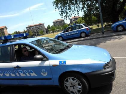 Milano, un senzatetto  massacrato nella notte  In manette tre ragazzi