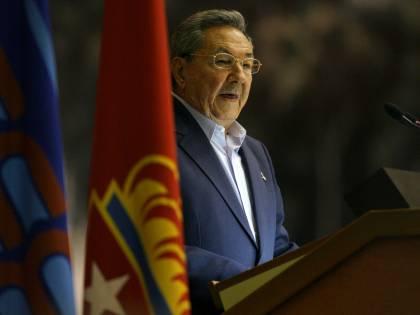 """Raul Castro: """"Usa e Ue, no ricatti sui dissidenti"""""""