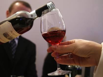 New York, la regina delle aste vende vino tarocco