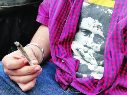 """La cannabis non è una droga """"leggera"""""""