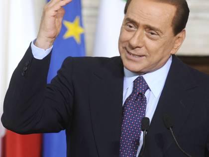 """Pdl, Berlusconi: """"Tutto a posto, tutto perfetto  Dai media una campagna furibonda: calunnie"""""""