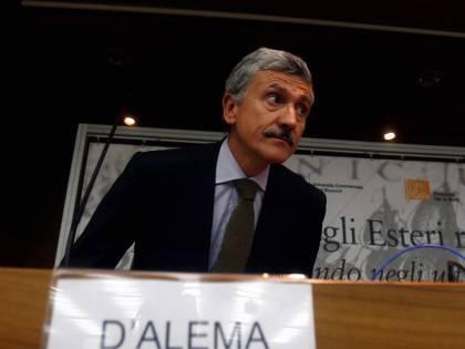 """Granata: """"Dal premier frasi gravi e inaccettabili""""  D'Alema: """"Ha abusato di sede internazionale"""""""