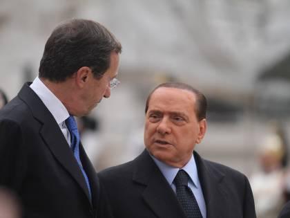 """Il premier all'Udc: """"Ora dia l'appoggio esterno""""  Ma Casini non ci sta: """"Non perdiamo tempo"""""""