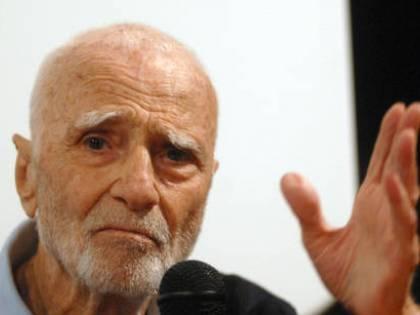 Morto Mario Monicelli,<br /> si è gettato dal balcone<br /> il re della commedia