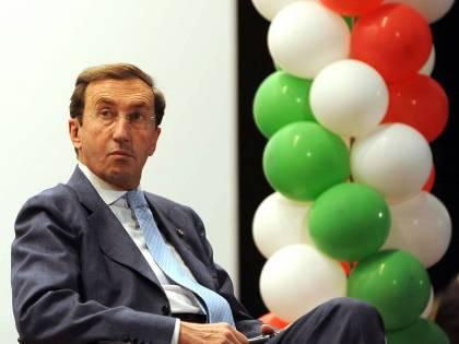 """Finiani nel terrore: i conti non tornano  E Berlusconi non cede: """"Lasciare? Mai"""""""