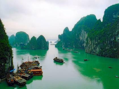 Vietnam, affonda barca<br /> Muoiono dodici turisti