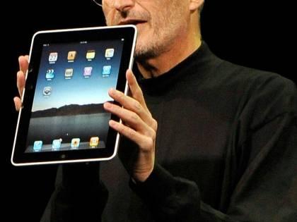 Il giorno delle code per l'iPad 2<br /> L'abbiamo provato: VIDEO