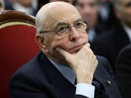 Libia, l'ira di Napolitano tirato per la giacca:  smentite le invezioni del Fatto e di Repubblica