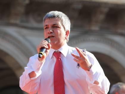 """Nichi si scusa, anzi no:  """"Orgoglioso dell'appello  ai rom e ai musulmani"""""""