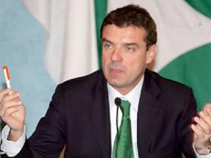 Piemonte, firme false<br /> condannati i due Giovine<br /> Pdl: non cambia nulla