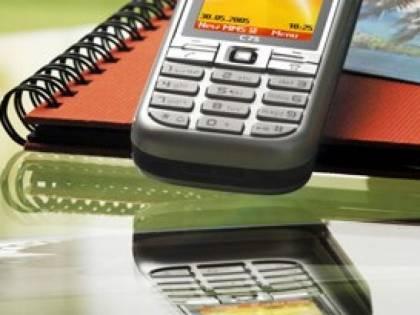 Telefonia, l'Europa vuole abolire il roaming