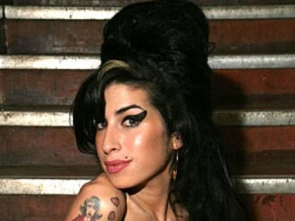 E Microsoft specula sulla morte di Amy Winehouse