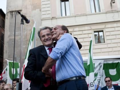 Prodi boccia Bersani:  non fa crescere il Pd  E lui: miglioreremo