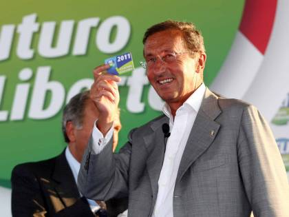 L'onnipresente Fini adesso fa campagna elettorale in tv Oggi in Rai, poi da Santoro