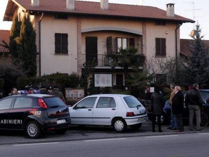 Aprono la porta all'assassino Due anziani uccisi in casa