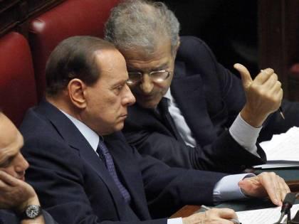 Berlusconi prende tempo:  la resa dei conti a marzo