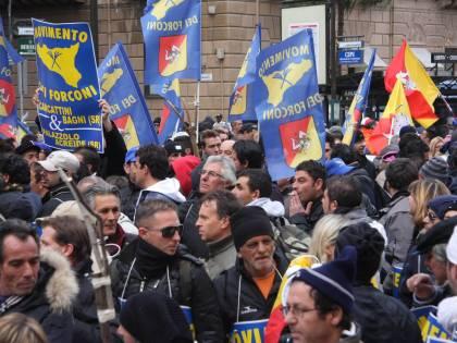 """I Forconi sono tornati: """"Blocchiamo l'Italia"""""""