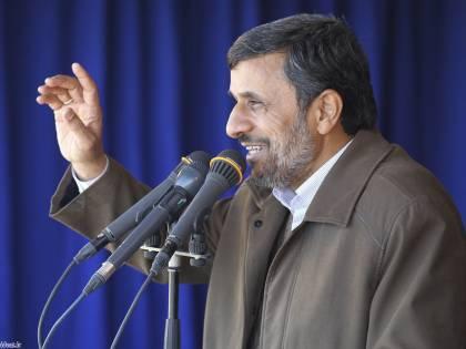 "Iran, Ahmadinejad: ""Noi paese nucleare A breve nuovi progetti"""