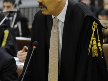 Riprende il processo Mills,<br />la richiesta di De Pasquale:<br />5 anni di carcere per il Cav