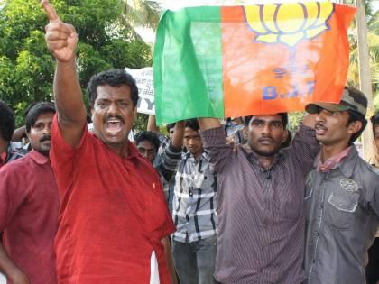 I politici alimentano l'odio anti italiano: la posta in gioco è il governo del Kerala