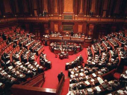 Decreto sulle liberalizzazioni Oltre 1700 emendamenti Il governo verso la fiducia