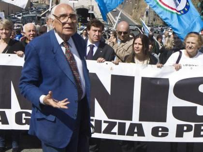 """Pannella: """"Dai pm golpe contro Berlusconi"""""""