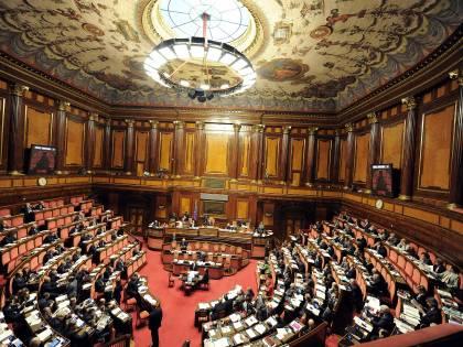 Pensioni d'oro, il governo ko Banche, niente commissioni per chi va in rosso di 500 €