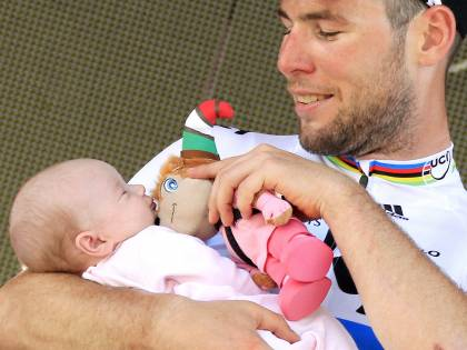 Giro d'Italia, strana corsa<br />tra un Fantozzi e un pentito