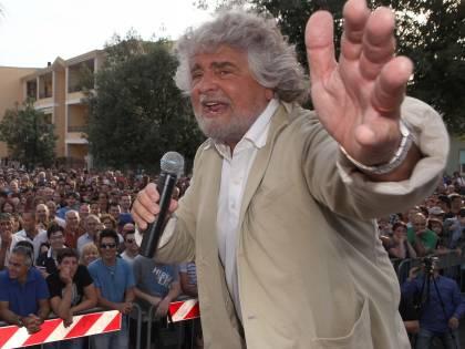 """Ora Grillo sfotte il Pd: """"Se Lusi va in galera, sarà tangentopoli bis"""""""