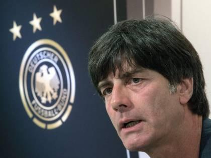 Il ct tedesco fa lo spavaldo<br />ma ha paura degli azzurri<br />Soprattutto di uno: Pirlo