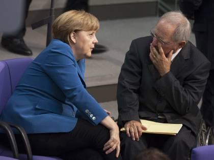 Eurobond, Germania divisa Schäuble apre ma poi nega
