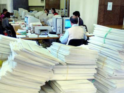 La burocrazia è il terremoto dell'Italia