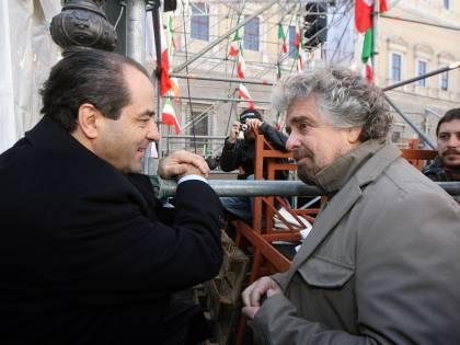 """Di Pietro boccia Grillo: """"Meglio la foto di Vasto"""""""