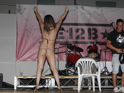 Se i moralizzatori ballano (nudi) sui tavoli
