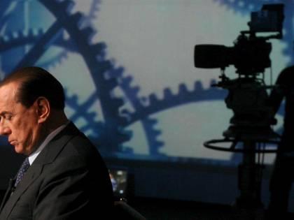 """Par condicio, Berlusconi: """"Niente tv? Girerò l'Italia"""""""
