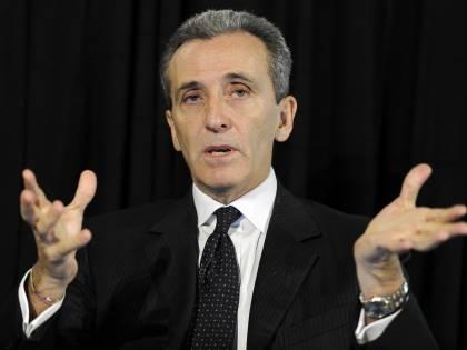 "Fitch taglia il rating, Grilli: ""L'Italia reagirà"""