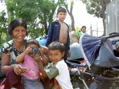 """Santanchè: """"Mai visto lavorare i rom, hanno il furto nel sangue"""""""