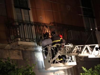 Napoli, crolla balcone alla festa di San Ciro